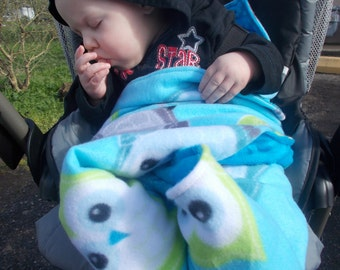 Boys car seat blanket, car seat blanket, stroller blanket, baby blanket, boys blanket, baby shower gift, safe car seat blanket