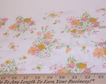 Vintage Sheet Fat Quarter, Pink Orange Fat Quarter, Sewing Fabric, Quilting Fabric, Retro Fabric, Flower Fabric, Stash Builder,