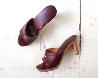 Etienne Aigner Shoes / 70s Heels / Oxblood Leather Mules / Size 5.5