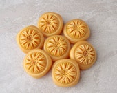 Yellow Vintage Sewing Buttons - Golden Carved Flower Plastic Buttons - CHOOSE 16mm 5/8 inch or 21mm 3/4 inch - Chunky Shank Buttons PL129