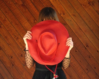 Red Woven Paper Sun Hat - Vintage 90s