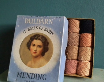 Vintage Hosiery Darning Thread Box & 12 Spools 1930s Rayon Stockings Mending Floss - Duldarn by Glista UK Art. 285 - 12 small balls unused