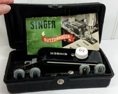 1948 Singer Buttonholer Sewing Machine Attachment with 5 Buttonhole Templates