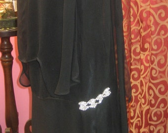 "1920's, 40"" bust, silk crepe flapper gown"