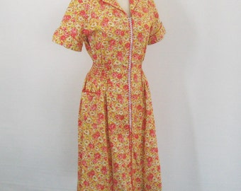 Deadstock 50s 60s Vintage Princess Peggy Kitchen Formal Cotton House Dress, Ruched Sides, Orange Red Yellow Floral, Zip Front, NOSWT Bust 36