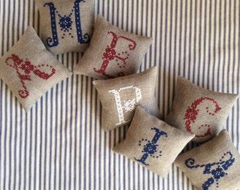 AMERICA Mini Shelf Pillows / Patriotic Decoration