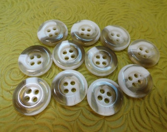 Carmel and Cream Vintage Buttons - 8 Vintage Plastic Sew Through Shirt Buttons 5/8 inch 15mm