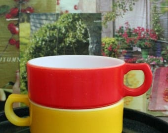 Vintage Retro Bright and Bold Red and Yellow Soup Bowls / Serving / Decor / Collectible