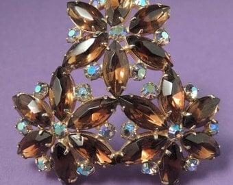 Vintage Floral Rhinestone Brooch / Amber Floral Brooch / Aurora Borealis Brooch /Aurora Borealis and Amber Rhinestone Brooch / A/B Pin