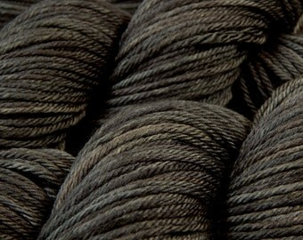 Hand Dyed Yarn - Worsted Weight Superwash Merino Wool Yarn - Slate Grey Tonal - Hand Knitting Yarn, Worsted Yarn, Grey Gray Charcoal