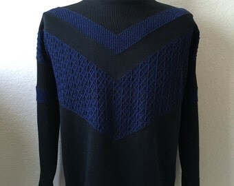 Vintage Men's 80's Black, Blue, Shirt, Long Sleeve, Pull Over by New Works (XL)