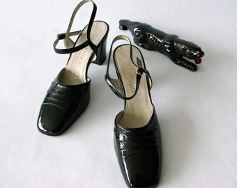 70s bruno magli patent pumps 6.5 narrow - 1211074