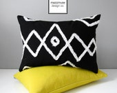 Black & White Outdoor Pillow Cover, Decorative Moroccan Pillow Cover, Modern Bohemian Throw Pillow Case, Sunbrella Beni Ourain Cushion Cover