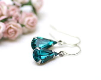 Stunning Teal Estate Swarovski Crystal Earrings in Silver | Super Sparkly Vintage Crystals in Rich Teal Blue | Hollywood Regency by Azki
