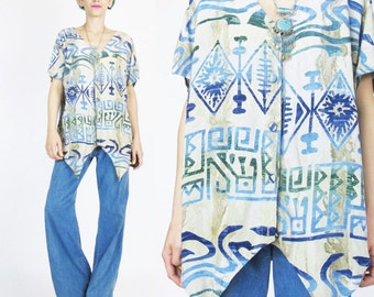 Vintage 80s 90s Batik Blouse Hippie Boho Tribal Print Top Short Sleeve Blouse Tan Blue Button Down Pointed Hem Slouchy Asymmetrical (S/M)