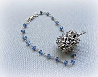 Dainty kyanite bracelet, gemstone chain bracelet, delicate rosary chain bracelet in kyanite and sterling silver, layering kyanite bracelet