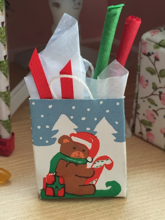 Miniature Teddy Bear Shopping Bag Filled With Tissue and Ribbon Dollhouse 1:12 Scale Miniature Holiday Decor, Accessories