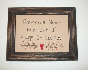 UNFRAMED Grammys Never Run Out of Hugs Or Cookies Primitive Stitchery Picture Gift Idea Present New Baby Birth For 5 x 7 wvluckygirl