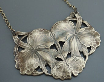 Statement Necklace - Vintage Necklace - Art Nouveau Necklace - Orchid Necklace - Chloes Vintage Jewelry - Orchid Jewelry - Brass Necklace