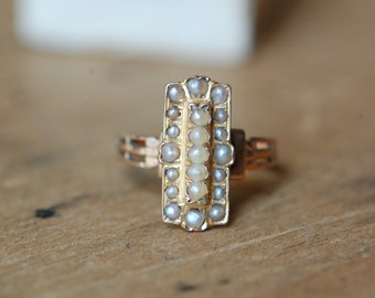 Antique ca. 1900s 18K French seed pearl ring