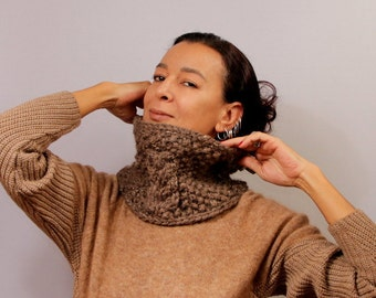 Knit Cowl Scarf, Chunky Cowl, Infinity Cowl, Alpaca Wool Scarf, Knitted Scarf, Tube Scarf, Neck Warmer, Leather, Collar Scarf, Winter Gift