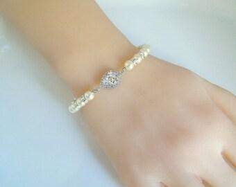Pearl Bracelet Bridal Rhinestone Bracelet Ivory swarovski Pearl bracelet Cubic Zirconia Bridal Pearl Bracelet Wedding Pearl Bracelet AUDREY