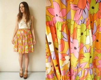 80's Vintage Bright Floral Printed Mini Skirt Size Small