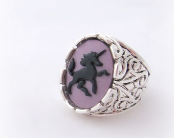 Purple unicorn cameo signet ring, gothic jewelry, pastel goth fantasy ring