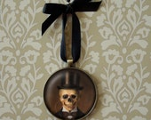 Skeleton Ornament, Skull Ornament, Gothic Ornament, Christmas Ornament, Steampunk Ornament, Ready to Hang, Stocking Stuffer, Gothic Gift