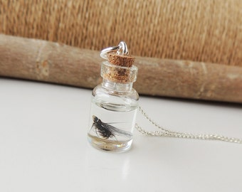 Fly Fishing Bottle Necklace, Mini Bottle Pendant with Fishing Fly & Hook in Resin, Fishing Jewelry, Resin Jewelry, Bottle Jewelry, UK (2185)