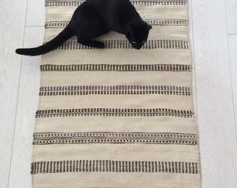 Saami Grene Hand Spun Hand Woven Natural Wool Rug