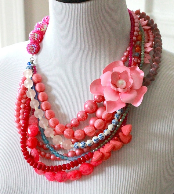 Flower Statement Jewelry/Boho Summer Necklace/Crystal Rhinestone Wedding Necklace/Boho Statement Beaded/Pink Bridal Statement Necklace