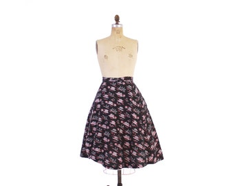 Vintage 50s Novelty Print SKIRT / 1950s Farm Yard Horses Print Pink and Black Full Skirt XS - S