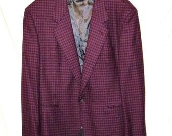 GIANNI VERSACE Blazer. Men's Cashmere Blazer. Burgundy Check Blazer. sz 44R