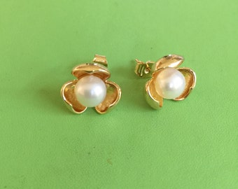 Gold and Freshwater Pearl Earrings