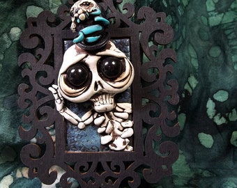 Scary Sally the Skeleton with otter popping out of her Top hat, Wall hanging, Sculpture,Covington,Creation,Collectable