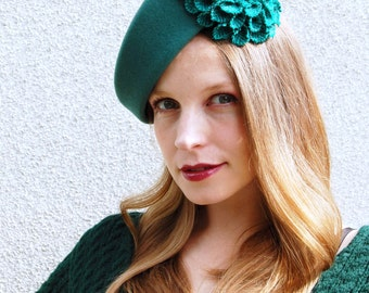 Green Felt Modern Winter Beret With Harris Tweed Flower