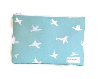Large Turquoise & White Flying Dove Zipper Storage Pouch S140