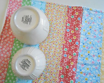 Dish Drying Mat / Dish Drying Towel in Vintage-Inspired Calico Floras  / Dishmat