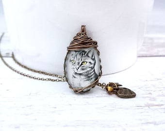 Cat Necklace - Cat pendant, cat jewelry, Antique Bronze Plated Jewelry, Wire Wrapped necklace