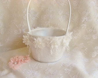 Vintage Flower Girl Basket and Pillow -  Ring Bearer Pillow, Flower Girl Basket Set  Venice Lace Lace