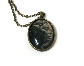 Upcycled art jewelry. Black Cameo necklace. Vintage pendant. Art lover gift. Onyx pendant necklace. Classical art jewelry.Art student gift.