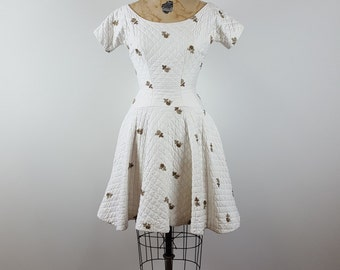 angelic | vintage 1950s fit & flare dress | vtg 50s play dress | white | embroidered | extra small/xs