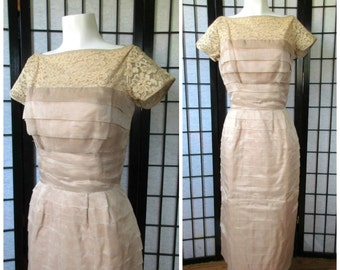 Vintage Party Dress 1940s 1950s Champagne Beige Lace Short Formal by A New Deb Frock Cocktail Party Mother of the Bride 38 Bust L XL