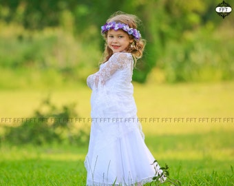 Vintage White Lace Flower Girl Dress, Boho flower girl, country, rustic