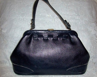 Vintage 1950s Ladies Navy Blue Leather Saber Purse by Ruth Saltz Only 15 USD