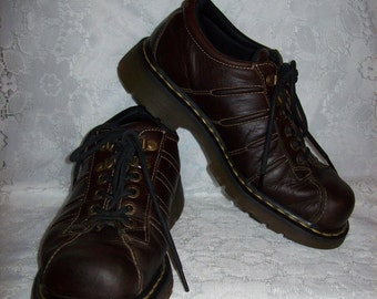 Vintage Men's Brown Leather Oxfords by Dr Marten UK Size 9=US Size 10 Only 15 USD