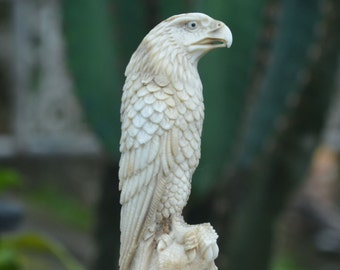 eagle,Hand carved American Bald  amazing detail 1930  4 inches