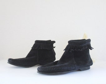 Vintage Black Leather Moccasin Boots Sz 5