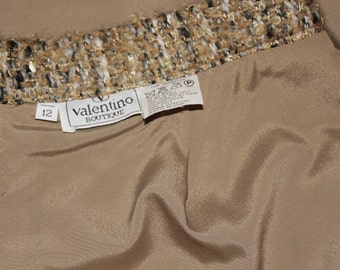 Vintage VALENTINO BOUTIQUE Pencil Skirt Neutral Colors Textured Tweed Fabric Size 10